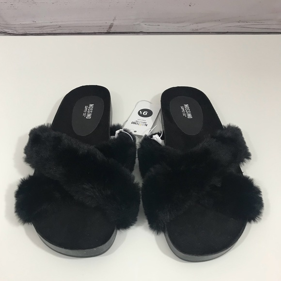 dc593397edaa9e NWT Mossimo Bella Black Faux Fur Crossband Sandal